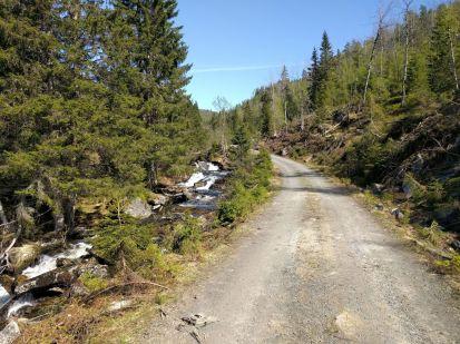 Kvålen-traktorveg-Skagasete-015