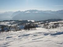 Vinter-Leikanger-056 Kallbakk over Øvstestølen og løypene mot Borlaug